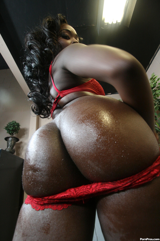 Негритянки с большими жопами фото