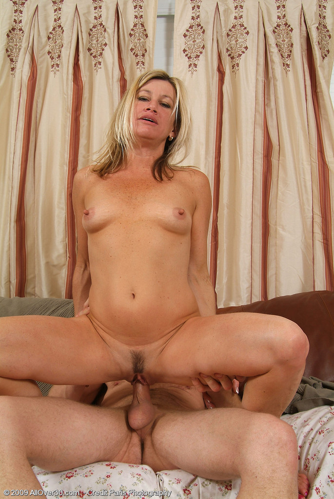 A good blowjob and a hardcore pumping is the best way to sat - 3 part 1