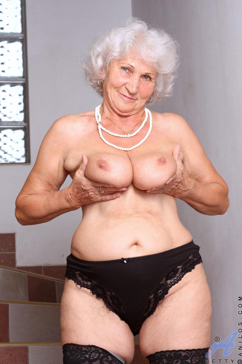 Mature women panties porn-2211