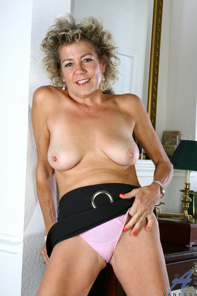 Thick mature milf trailer trash fucked - 2 part 10