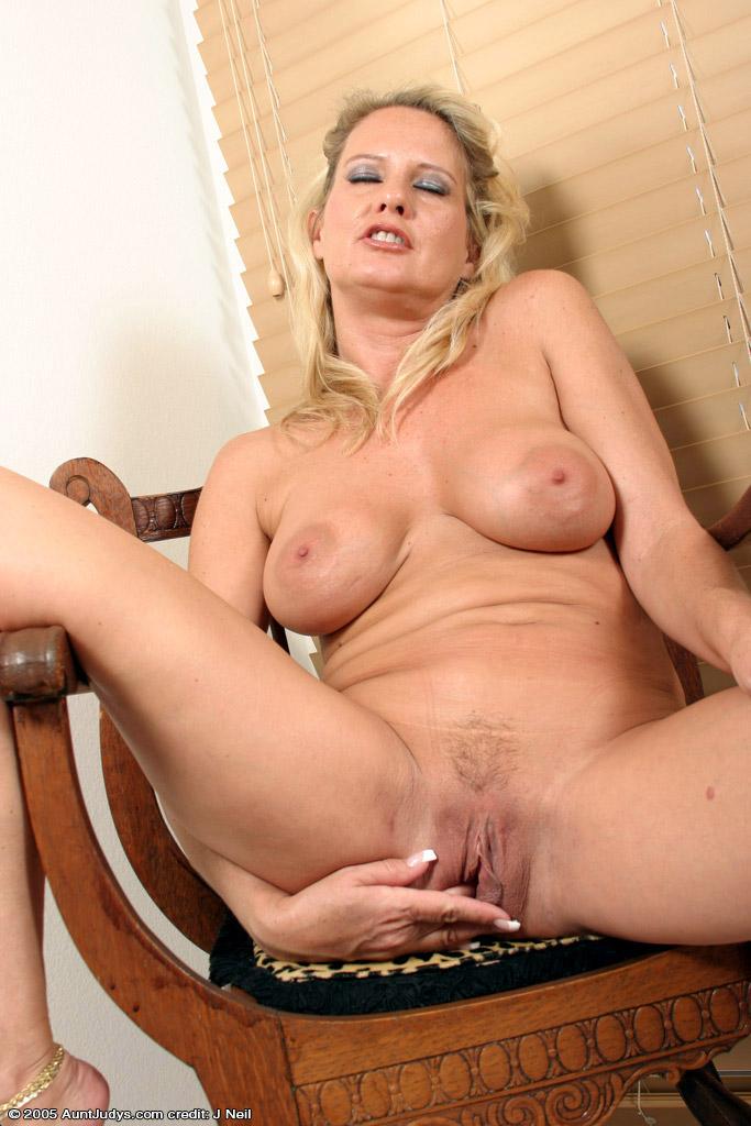 Big Loose Tits 115