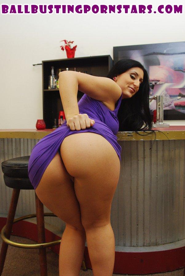 Ball Busting Pornstars / Luscious Lopez
