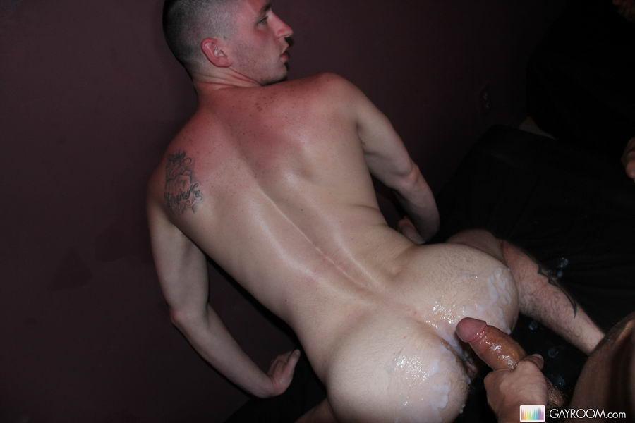 Horny Hunks With Rock Hard Cocks Giv Blowjob And Bang-5774