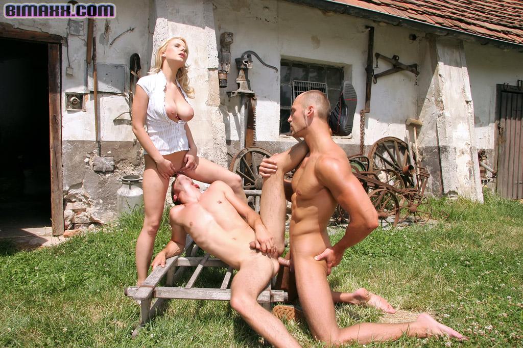 порноролики в деревне оргии - 4
