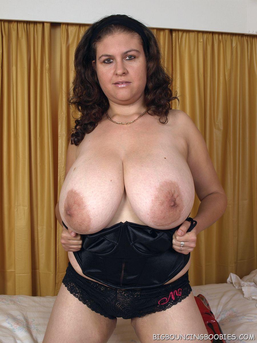 Nice tits nice pussy