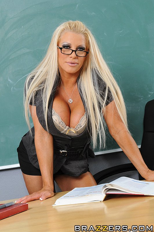 teacher big boobs