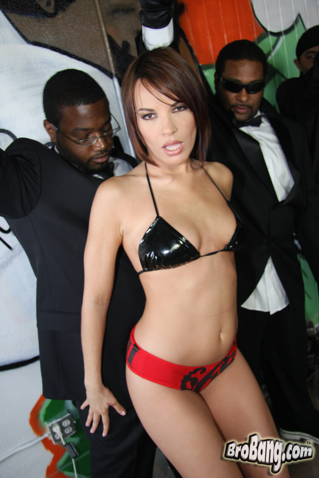 Interracial Blow Bang / Dana Dearmond