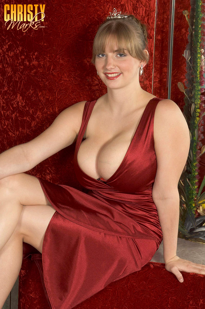 bbw satin tits - Huge titted chick takes off her red satin dress and lingerie before breast  job