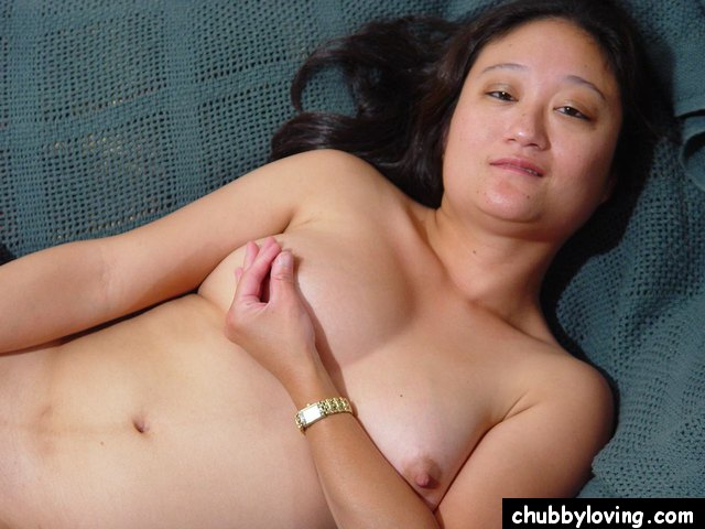 middle-aged-asian-women-nude