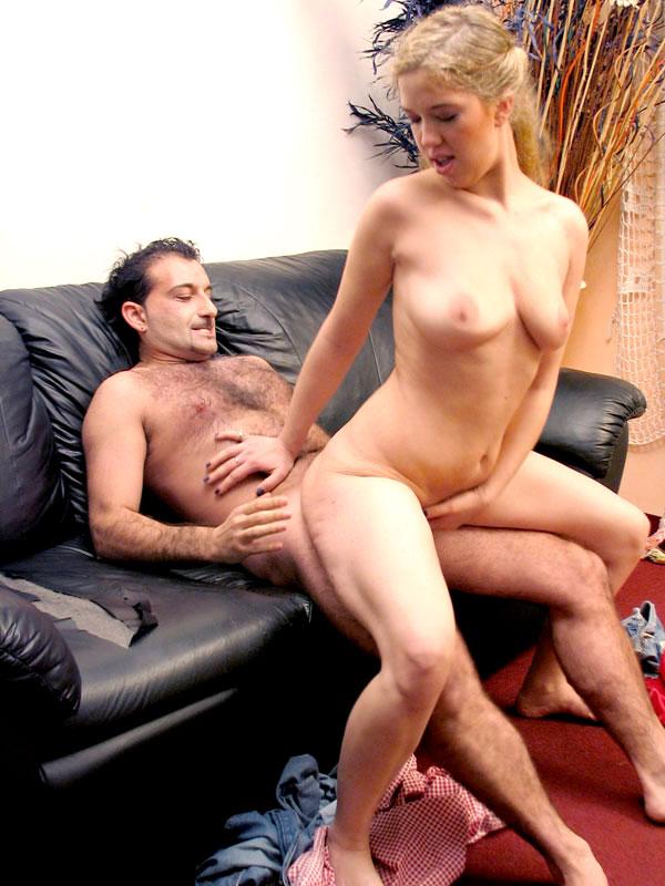 Шикарная женщина любит анальный секс. Женщина с большими сиськами