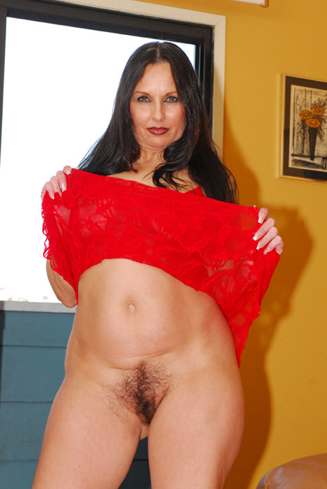 hot-mature-brunettes-hairy-pussy-pictures-ebony-girl