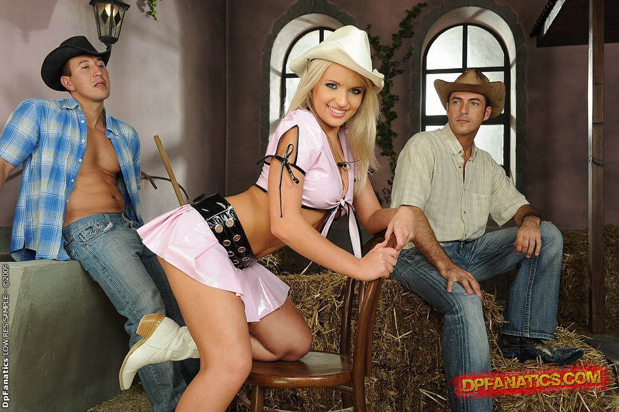 Blonde cowgirl gets ass fucked porn tube