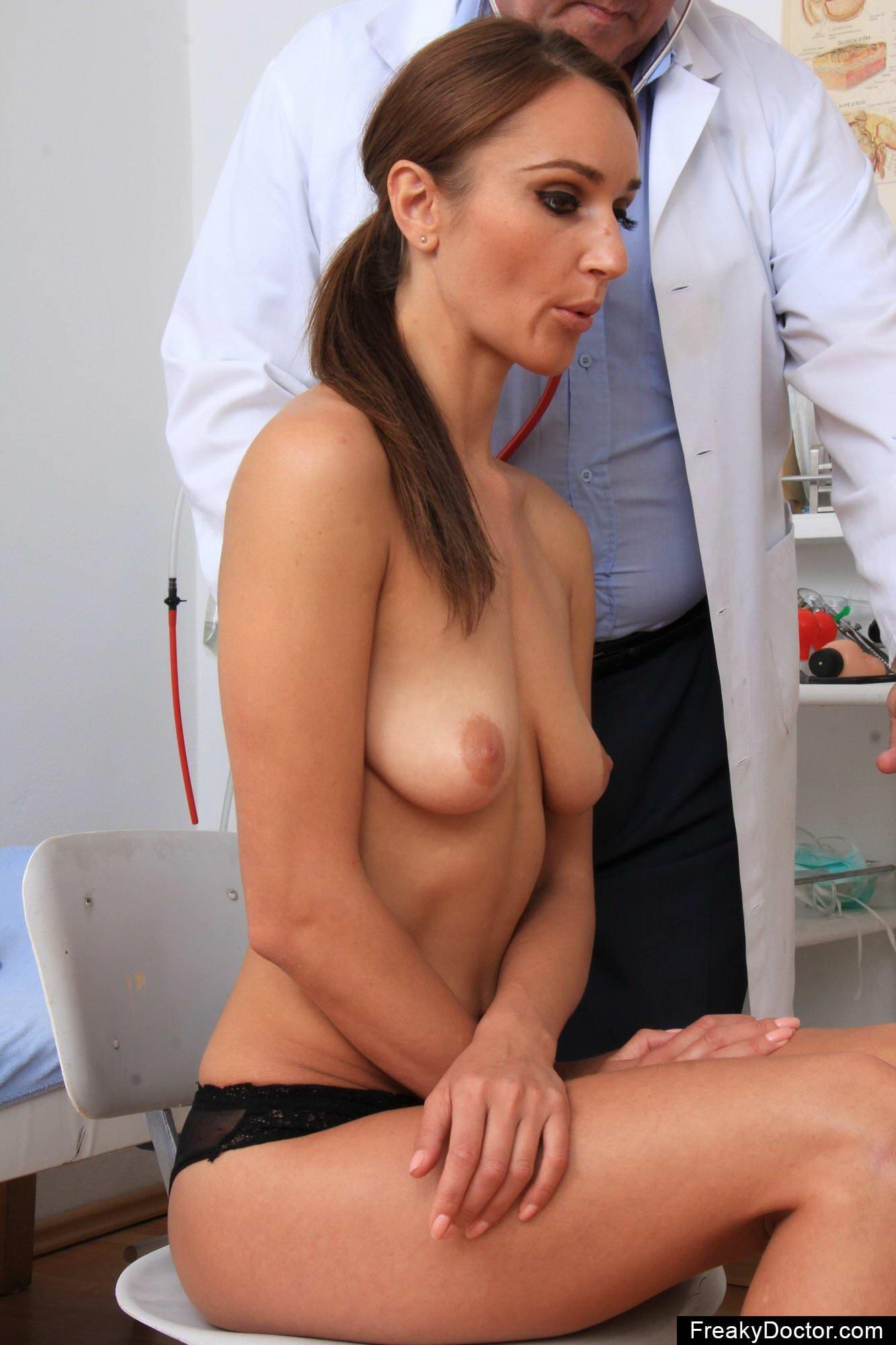 Секс у кабинете гинеколога 29 фотография