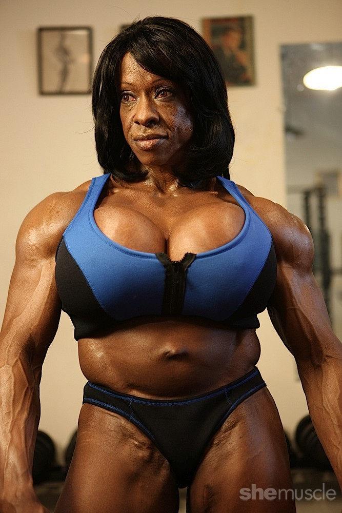 Black female muscle pussy 4