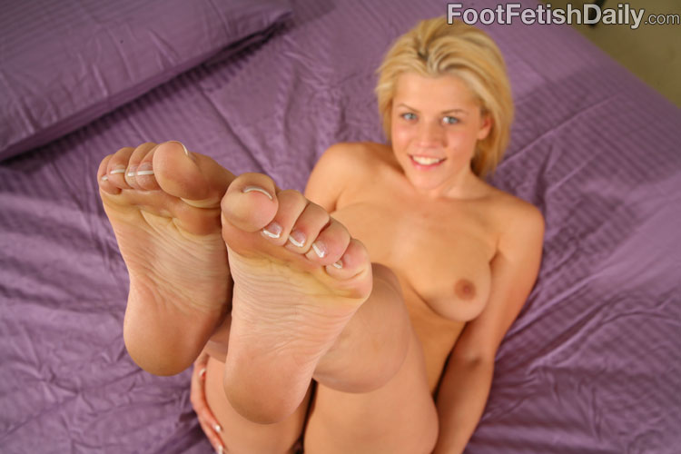 Milf wrinkled soles in your happy face no sound - 1 part 7