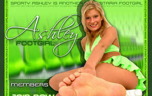 Visit Footgirl Ashley