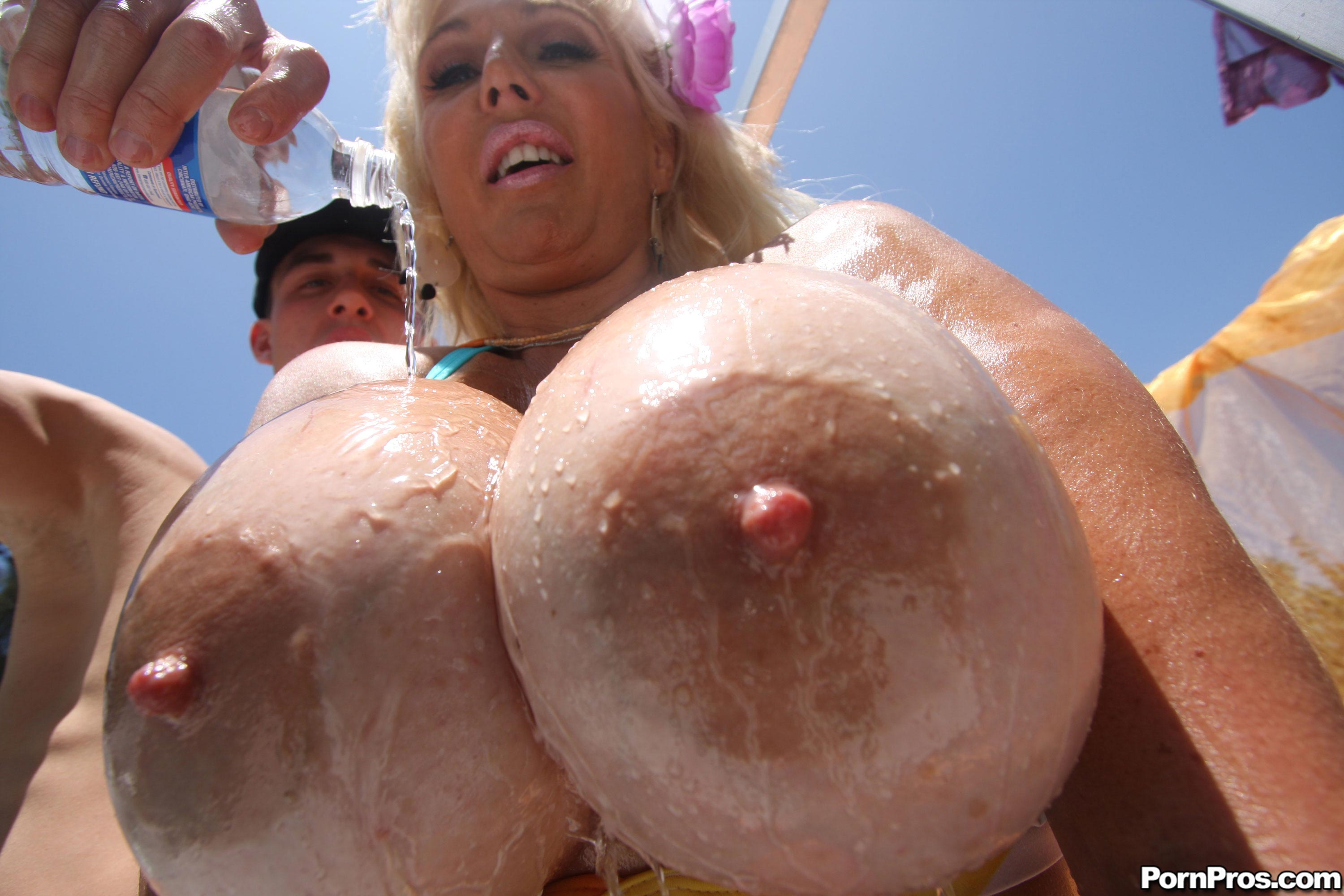 Big tits freaks of nature vol 31 6