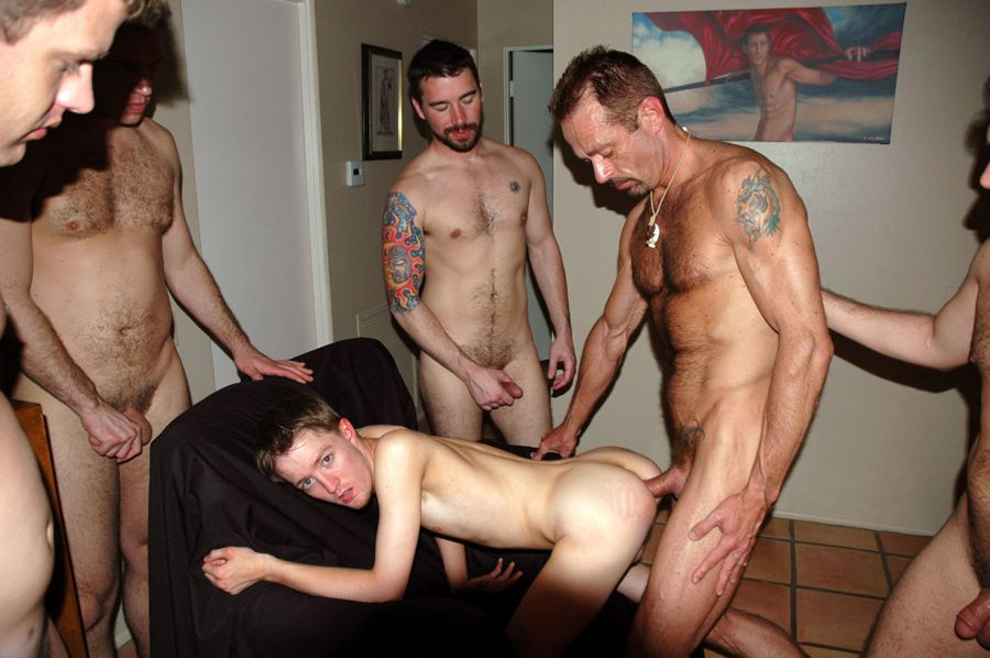 Gay gets banged doggy style