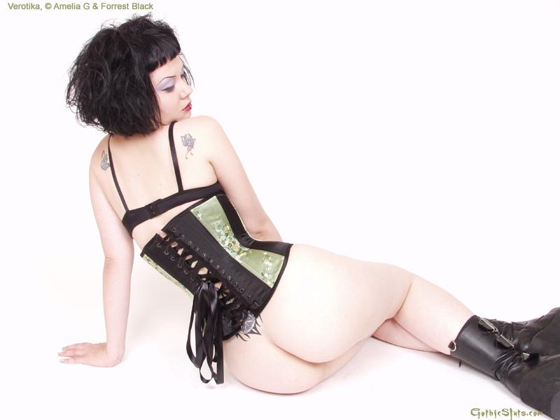 Gothic Sluts / Verotica