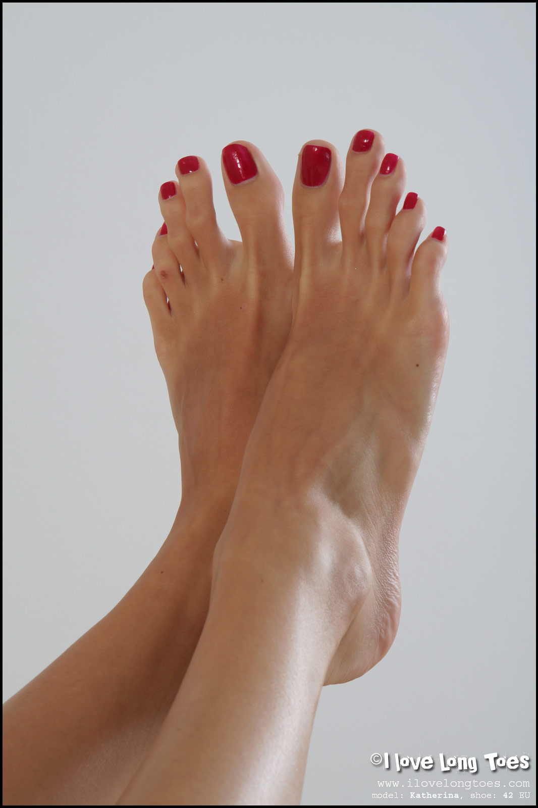 image Long toes for a short while