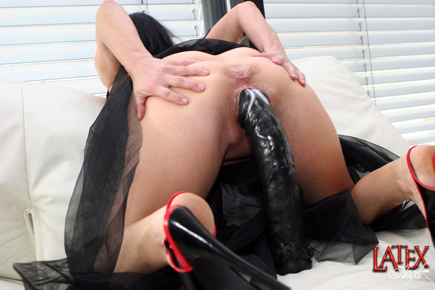 hotwife forum dildo latex