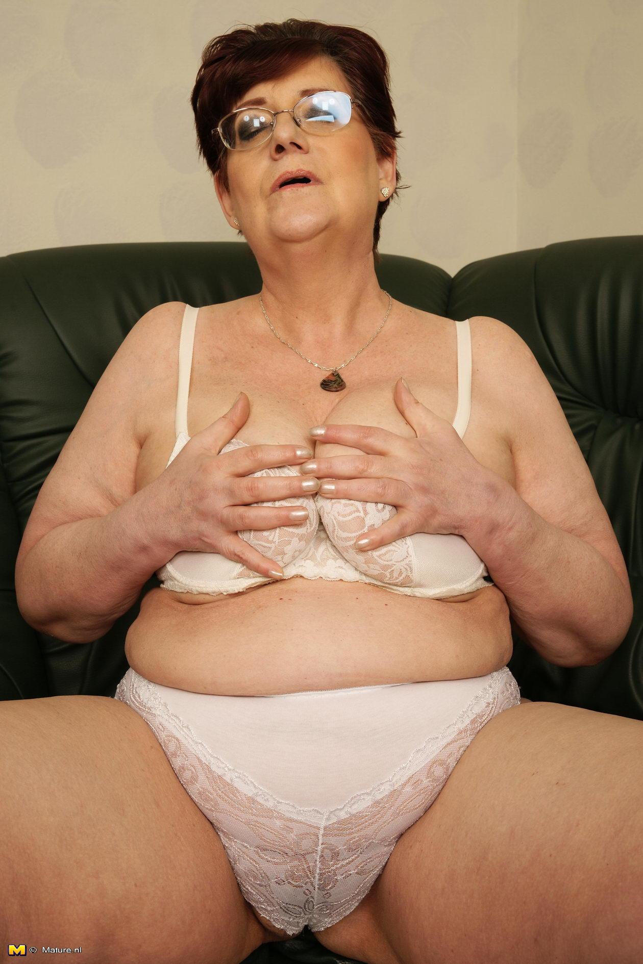 Plain old women nude hairy-9643