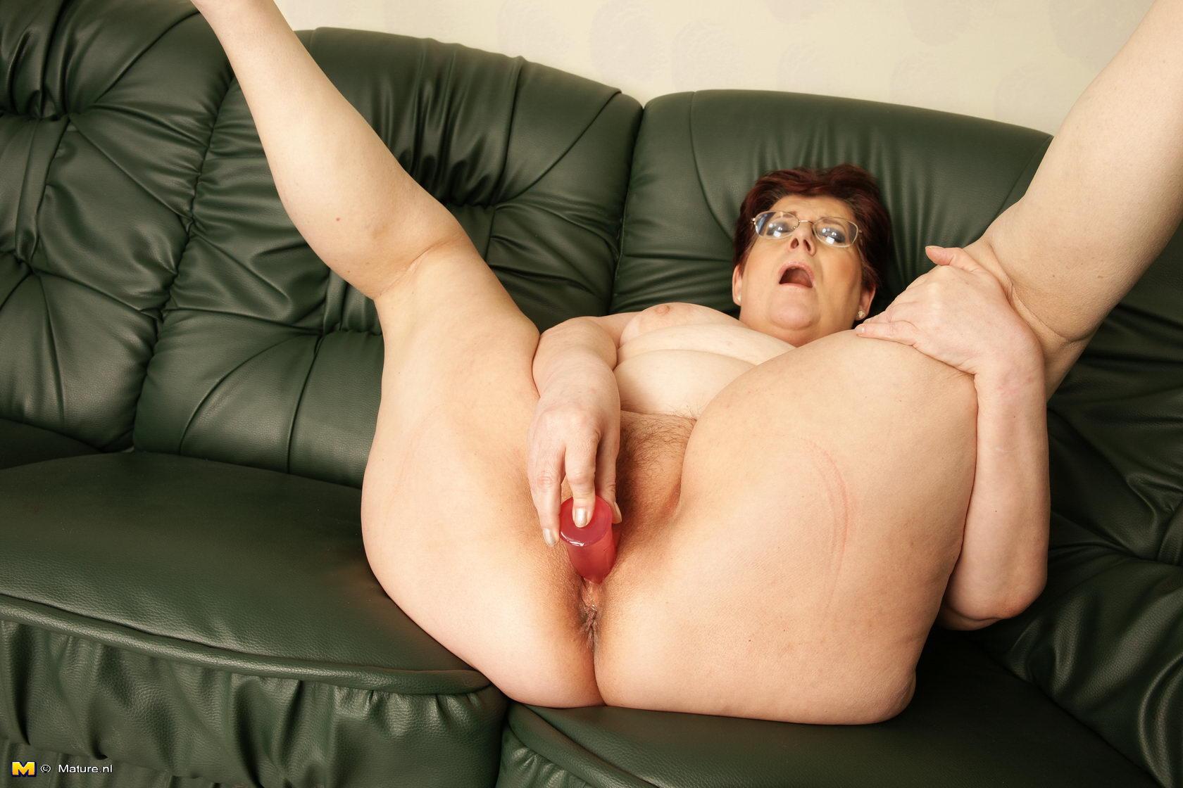 Horny fat ass granny gloryhole 64 - 1 part 4