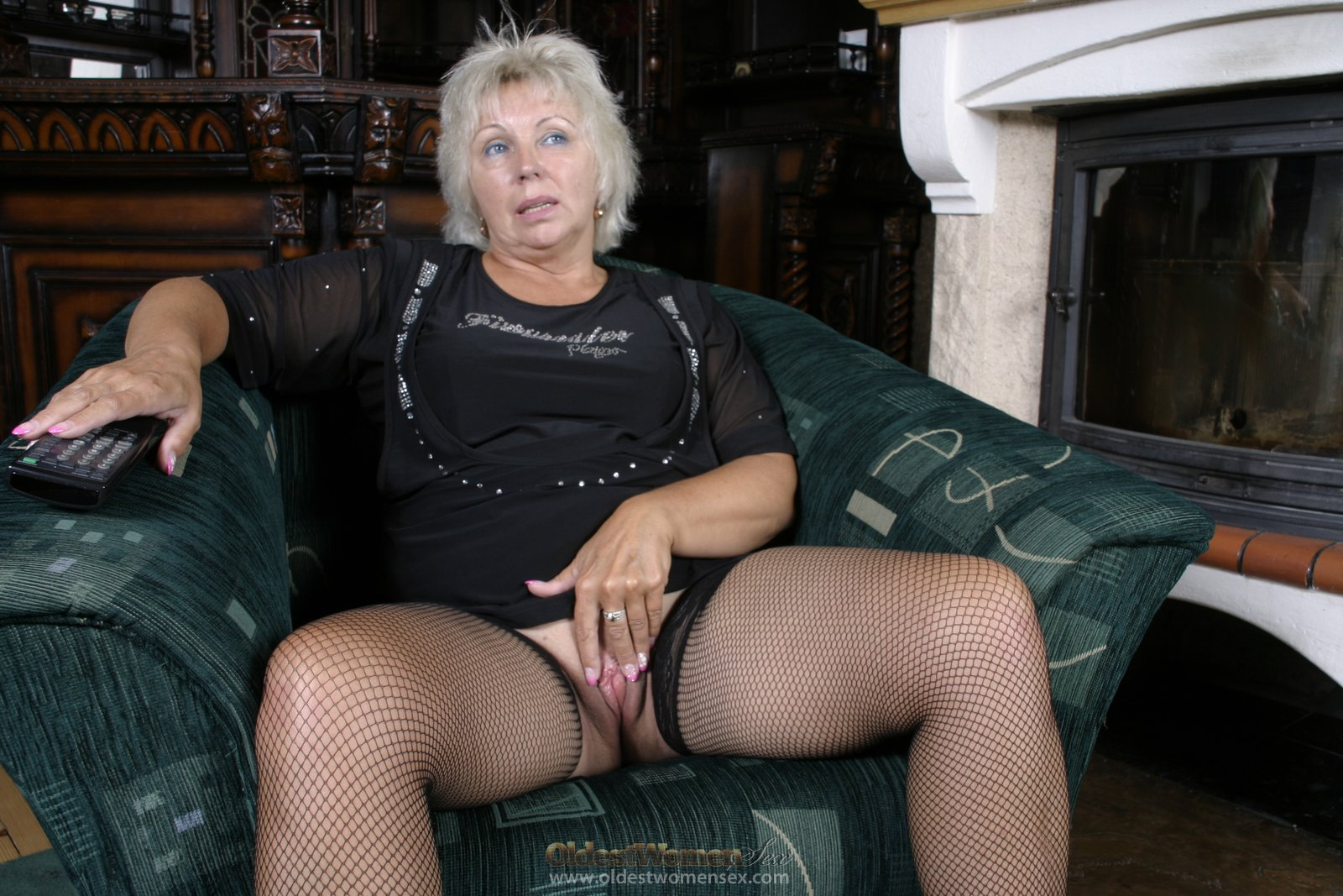 Silver haired pussy
