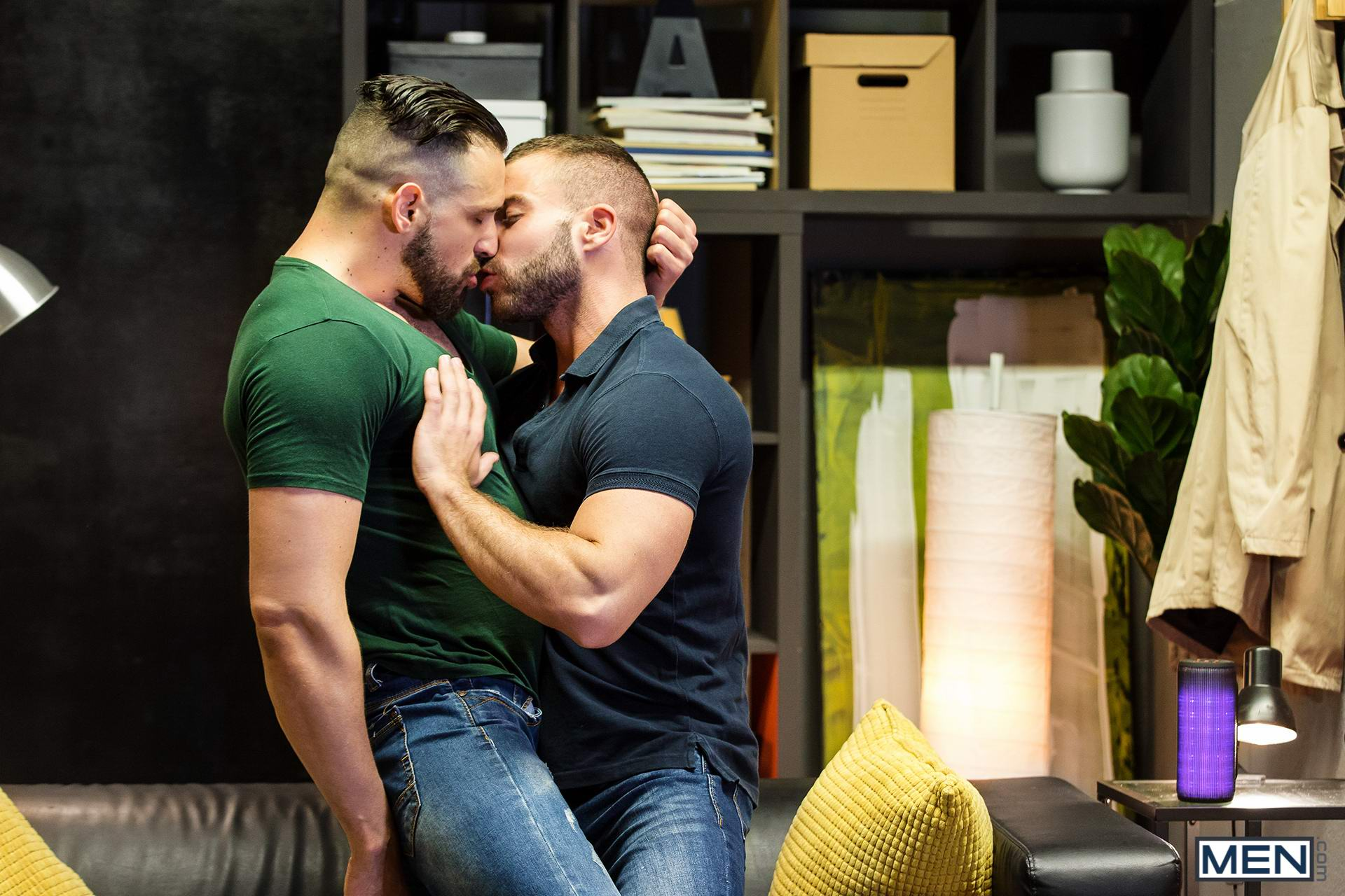 Passionate retro hunks fucking each other hard