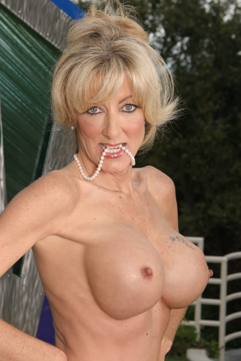 Useful Skinny milf fake tits