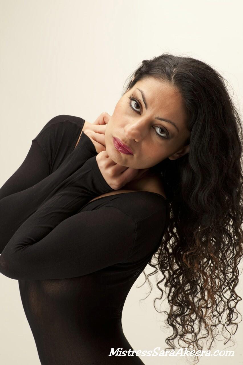 Mistress Sara Akeera / Sara Akeera