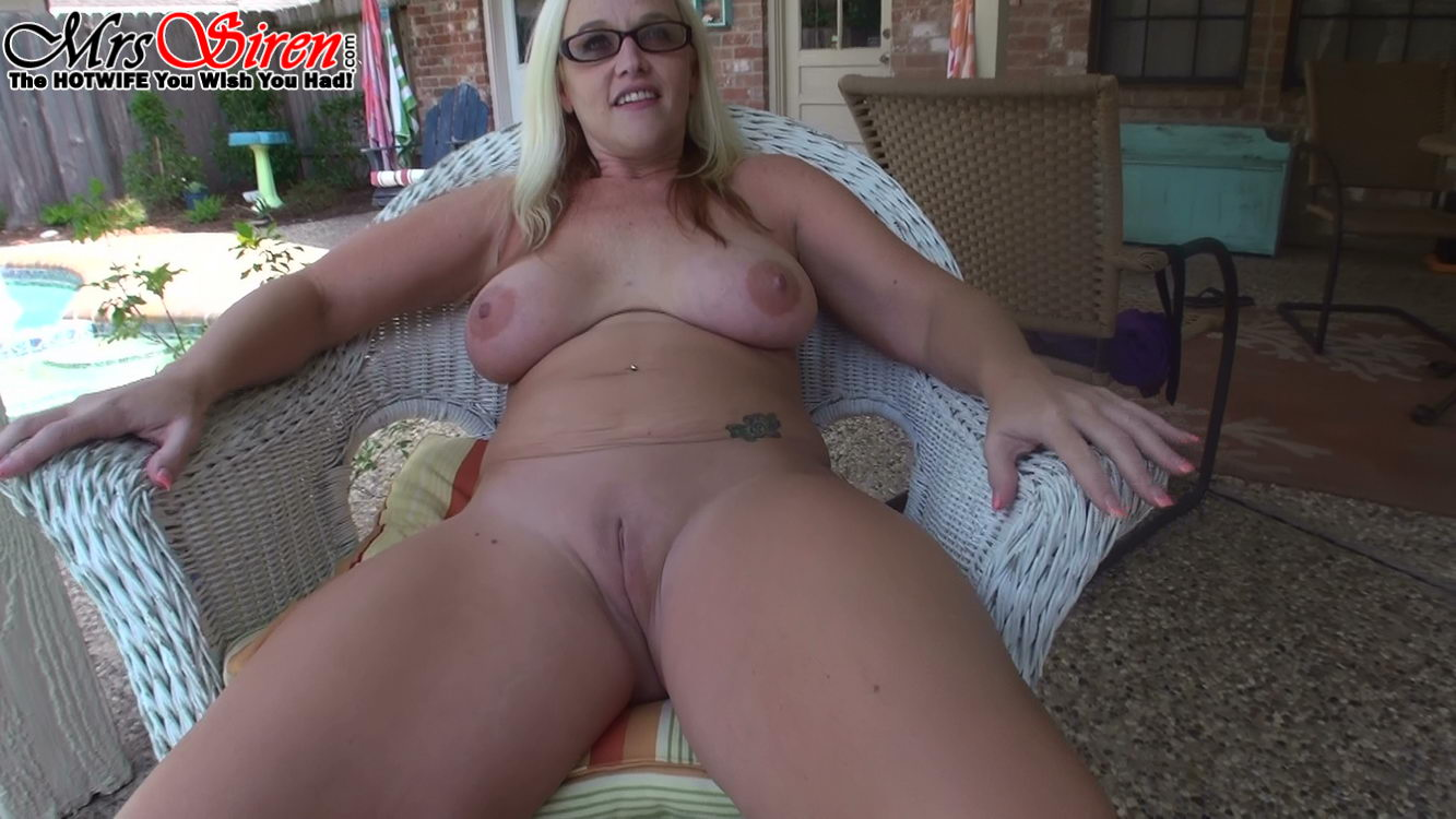 Hot wife rio v - 1 2