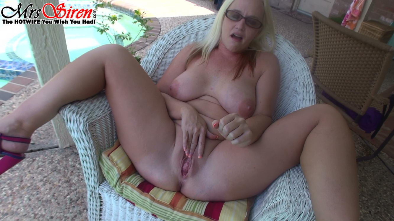Dee siren takes on a black cock outdoors - 3 part 10