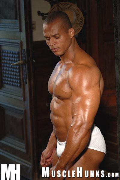 Muscle Hunks / Felipe Gigante