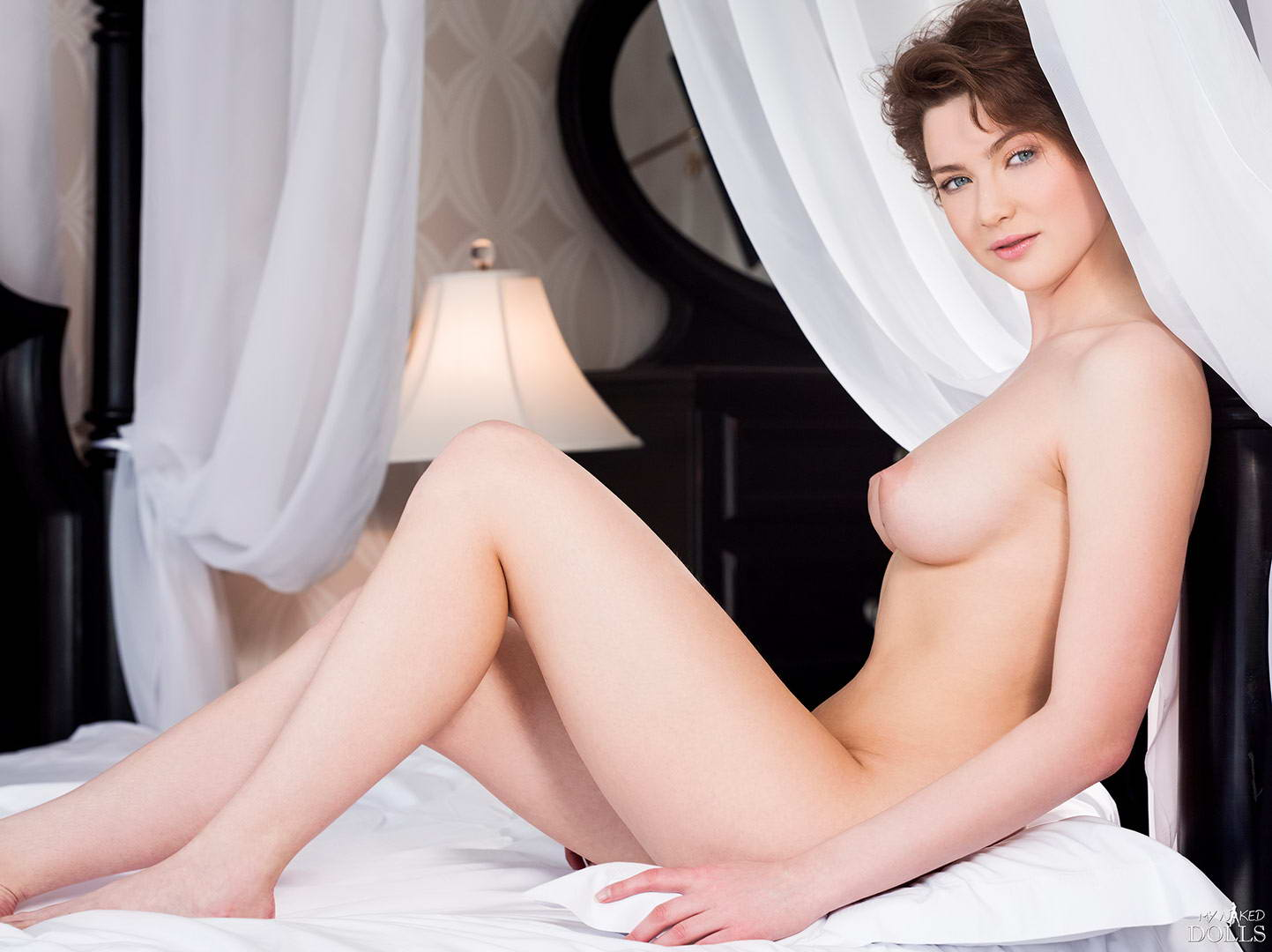 Naked wife pics