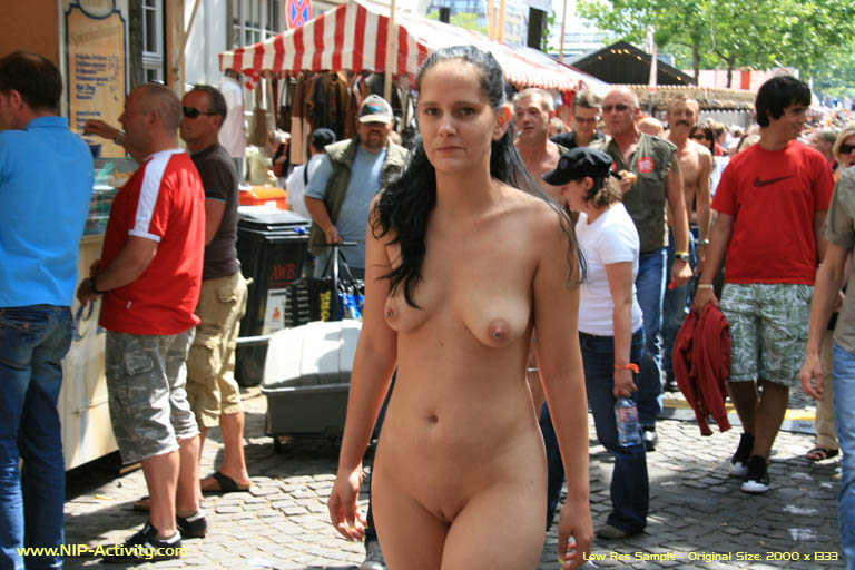 walking-the-streets-naked-rican-ass