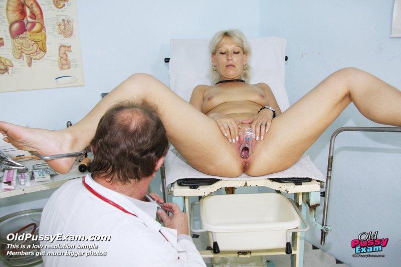 Жоп зрелых фото самых жирных русских баб на приеме у гинеколога трусиках