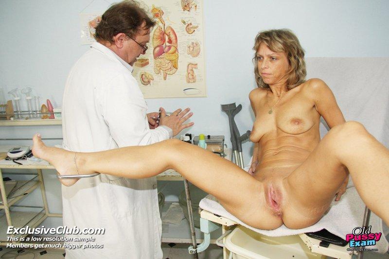 очень порно фото пожилые у врача меня сперма