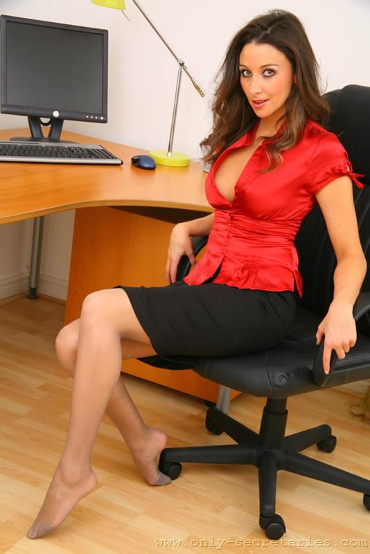 Фотогалереи секретарши