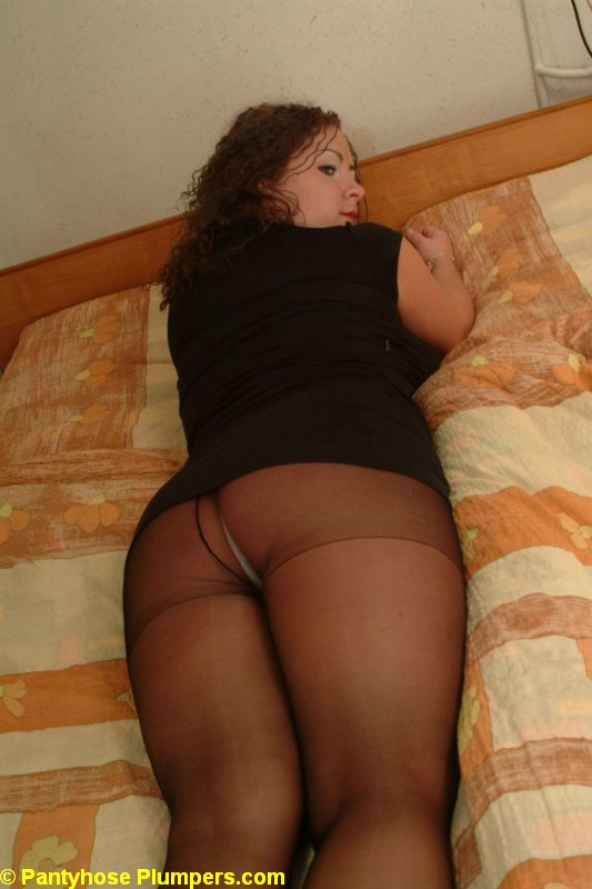 Pantyhose Plumpers / Agata