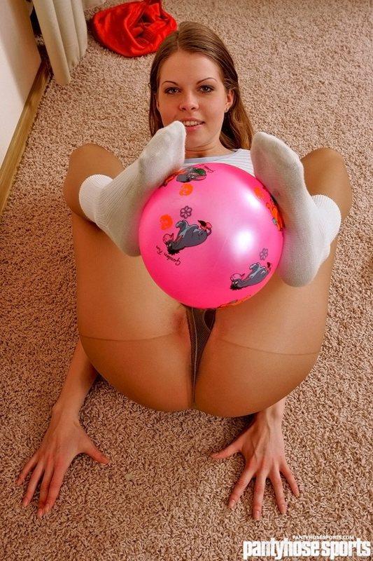 Flexy pantyhose porn
