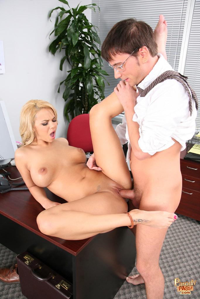 Hot fuck en la oficina bvr 8