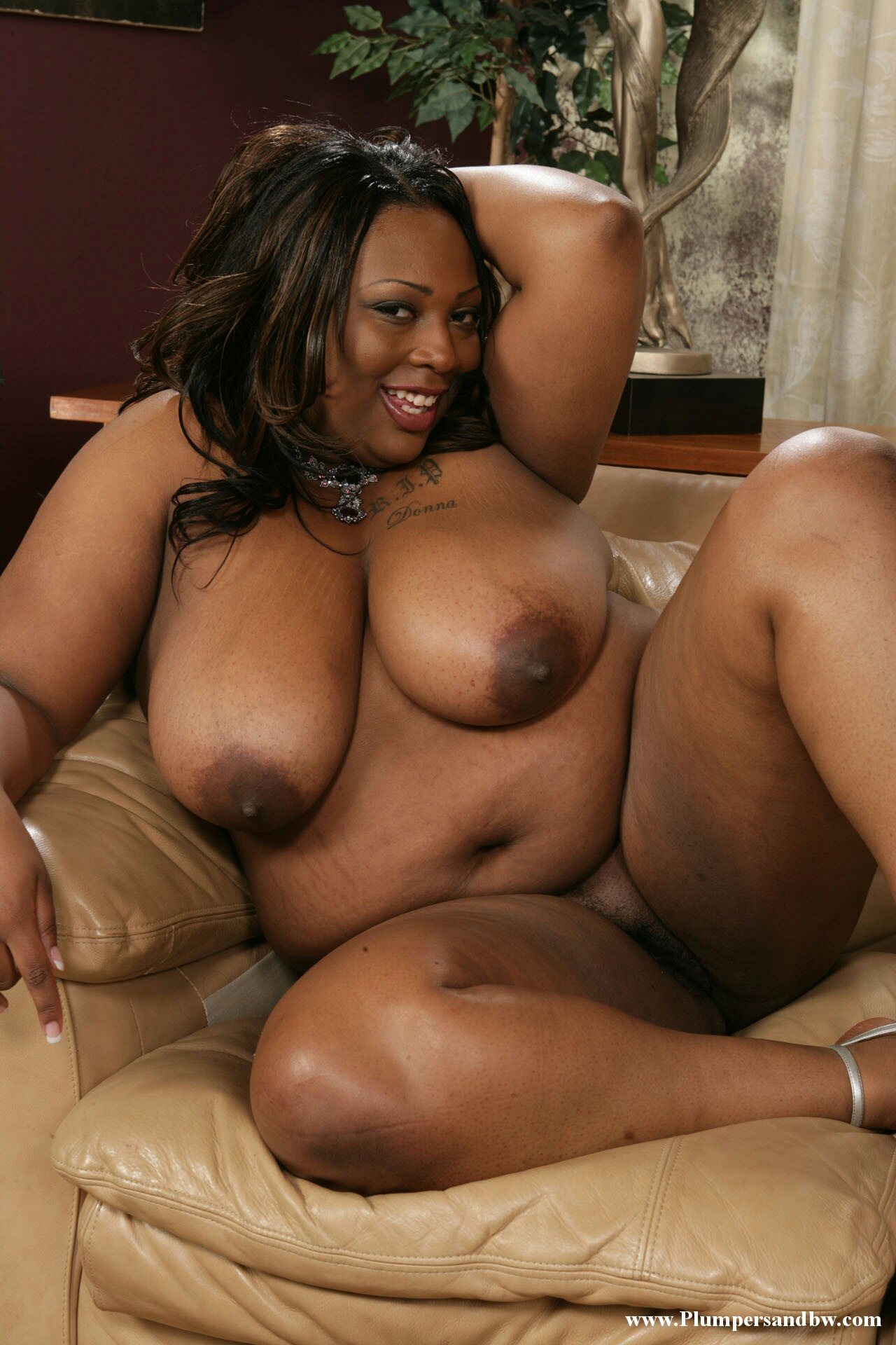 fat naked females black