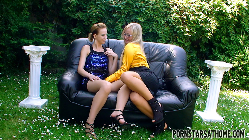 Pornstars At Home / Paris Diamond