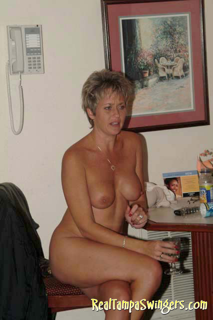 middle aged swinger gets her fat belly covered in jizz after good