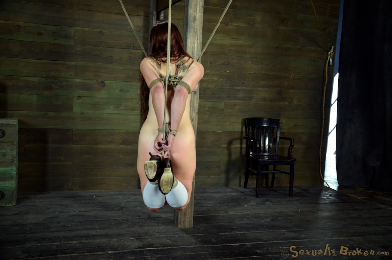Real Time Bondage / Bella Rossi