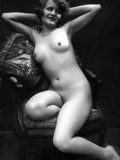 Vintage ladies shine with retro beauty in these black and white nude photos