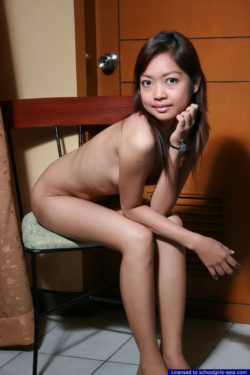 Solo skinny girl nude skirt girl