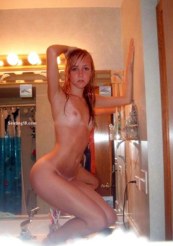 Homemade self pics small tits nude consider, that