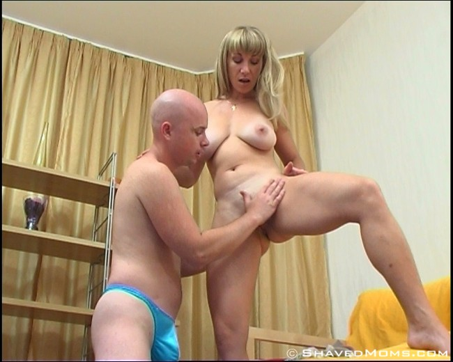 mom and sons girlfriend porn